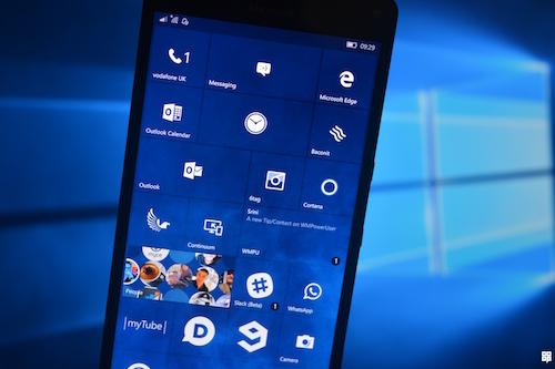 windows_dang_tao_nen_lich_su_vi_dai_cho_microsoft_1